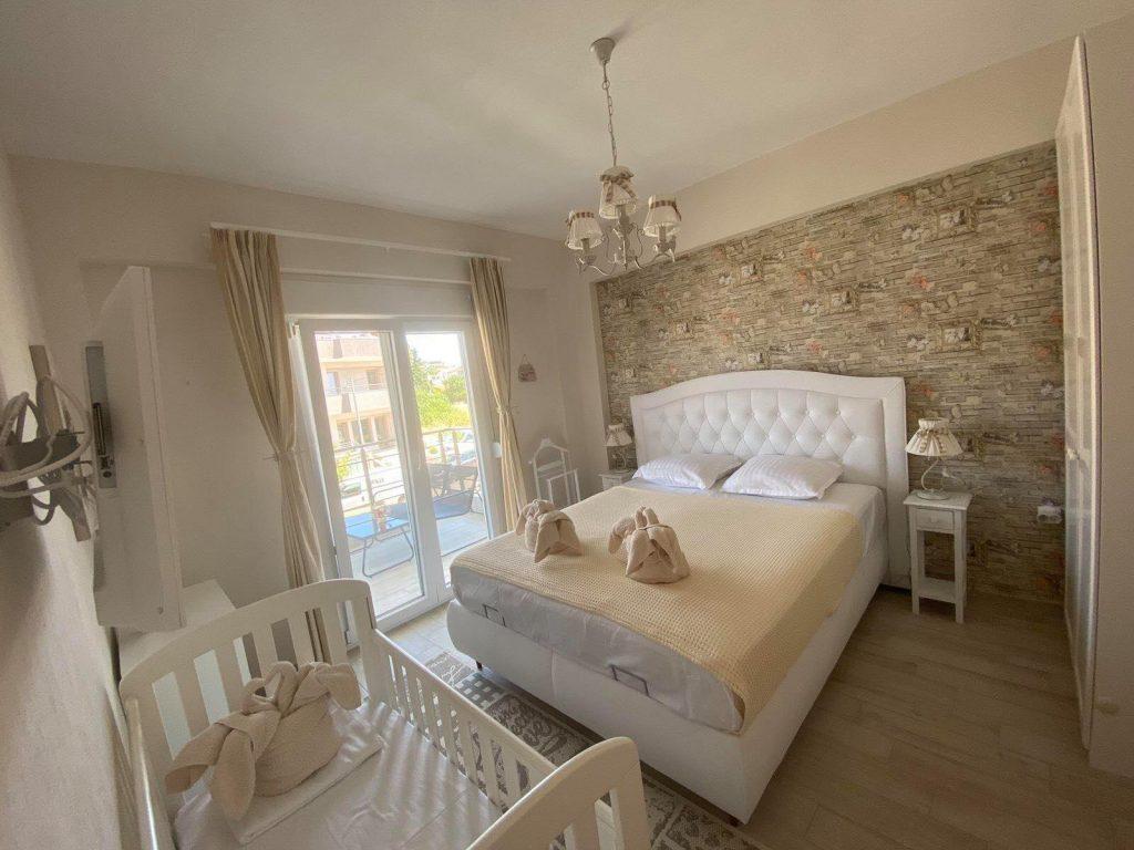 2-ри етаж - Спалня №1 с 1 двойно легло за 2-ма